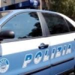 LA POLIZIA ARRESTA CALTAGIRONE E FERMA UNA GIOVANE INCENSURATA IN UN CENTRO DI ANALISI