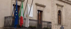 ERICE, LA STORIA POLITICA DEL VICESINDACO CATALANO E LE VICENDE AL COMUNE